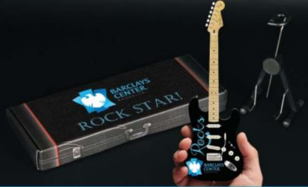 miniature guitars 4